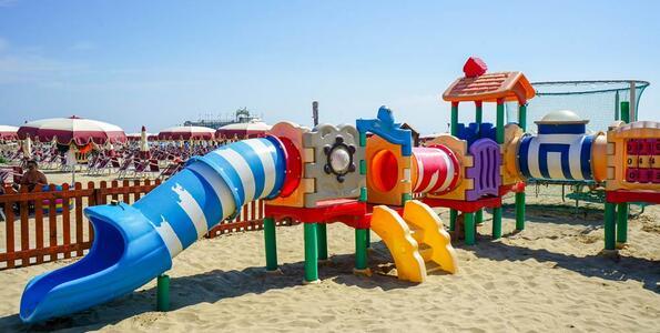 nordesthotel it offerta-luglio-hotel-4-stelle-di-gabicce-mare-all-inclusive-piscina-e-spiaggia 015