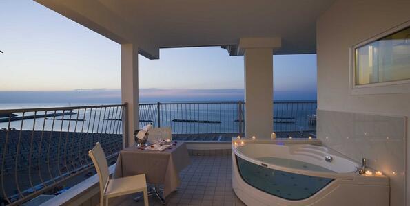 nordesthotel it offerta-luglio-hotel-4-stelle-di-gabicce-mare-all-inclusive-piscina-e-spiaggia 013