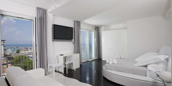 nordesthotel it offerta-notte-rosa-a-gabicce-in-hotel-4-stelle-con-piscina 015
