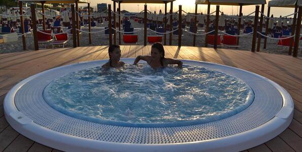 nordesthotel it offerta-notte-rosa-a-gabicce-in-hotel-4-stelle-con-piscina 016