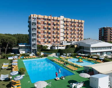 hotelpuntanord it speciale-2-giugno-a-rimini-in-villaggio-sul-mare 013