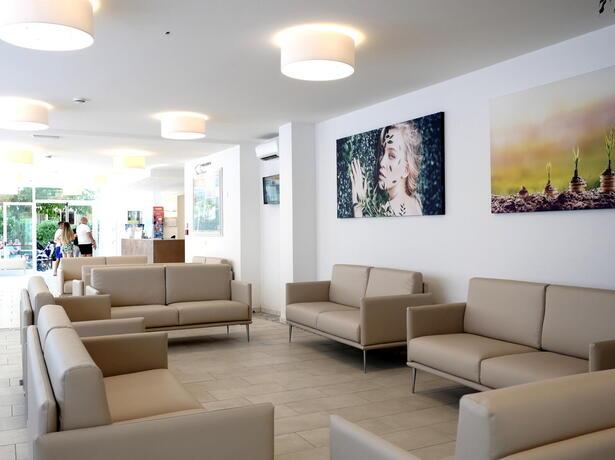 hotelmetropolitan it offerta-vacanze-brevi-agosto-in-hotel-con-piscina-a-cesenatico 010