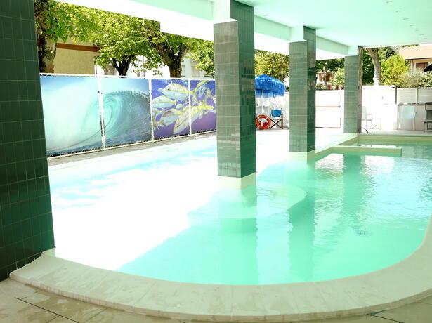 hotelmetropolitan it vacanze-brevi-di-settembre-in-hotel-a-cesenatico-con-piscina-e-free-bar 007