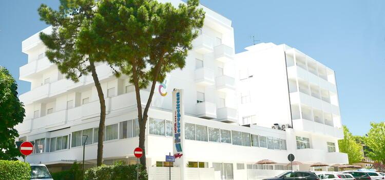 hotelmetropolitan de angebot-juni-hotel-in-cesenatico-mit-beheiztem-pool-und-strand 005