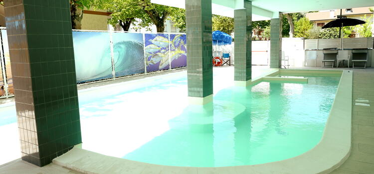 hotelmetropolitan de angebot-familienhotel-in-cesenatico-mit-pool-im-sommer 005