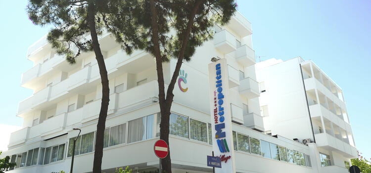 hotelmetropolitan it vacanze-brevi-di-settembre-in-hotel-a-cesenatico-con-piscina-e-free-bar 006