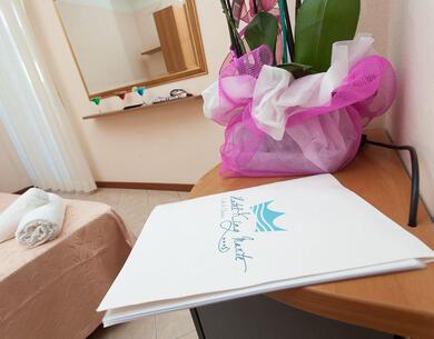 hotelkingmarte it offerta-settembre-villaggio-family-lido-di-classe-sul-mare-con-bimbi-gratis 016