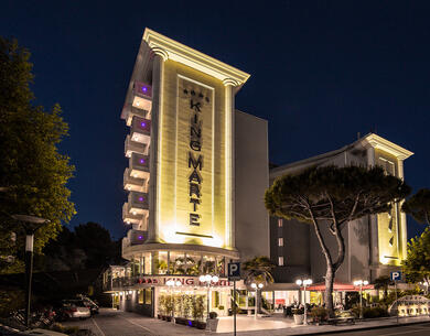 hotelkingmarte en offer-for-single-parents-hotel-in-lido-di-classe-with-free-parks 018