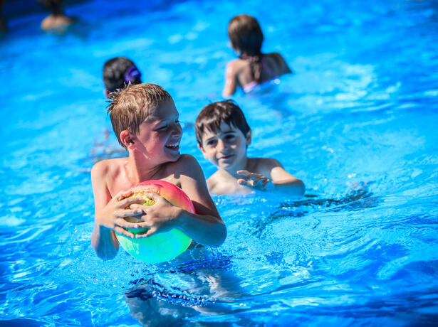 hotelkingmarte en discounted-summer-holiday-offer-lido-di-classe-at-family-hotel-with-beach 016