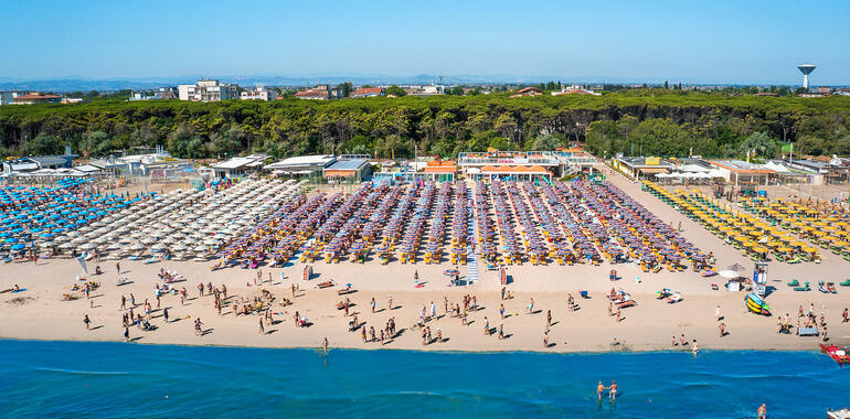 hotelzenith.unionhotels it offerta-agosto-a-pinarella-di-cervia-bambini-gratis-e-spiaggia-inclusa 012