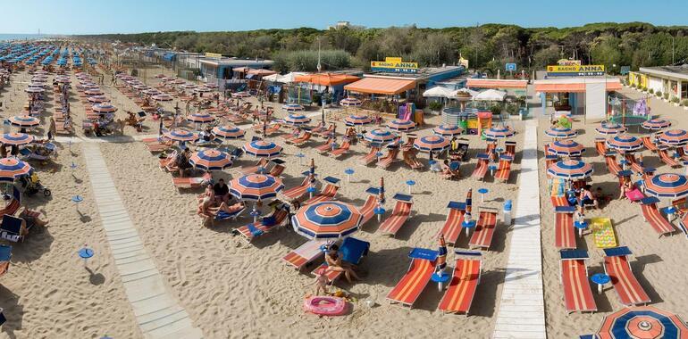 unionhotels de urlaub-im-juni-im-strandhotel-mit-pool-and-der-adriakueste 009