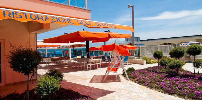unionhotels en special-may-cervia-garden-city-and-first-summer-suns 010