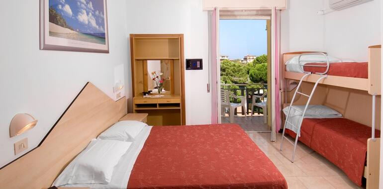 hotelzenith.unionhotels it speciale-offerta-sagra-della-seppia-in-hotel-a-pinarella-di-cervia-sul-mare 012