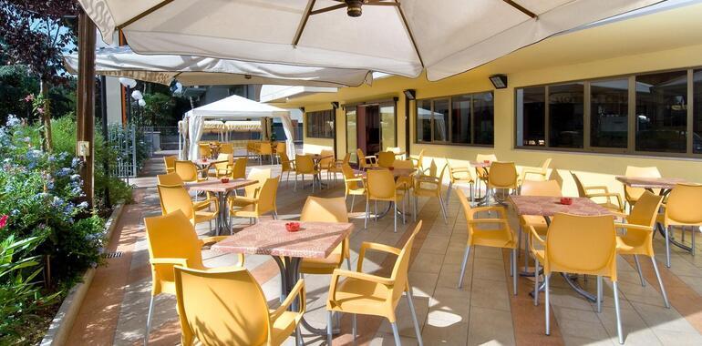unionhotels it offerta-solo-pernottamento-in-hotel-3-stelle-a-pinarella-di-cervia 010