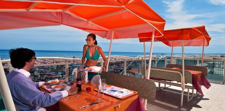 unionhotels it offerta-settembre-all-hotel-zenith-a-pinarella-di-cervia-vicino-al-mare 011