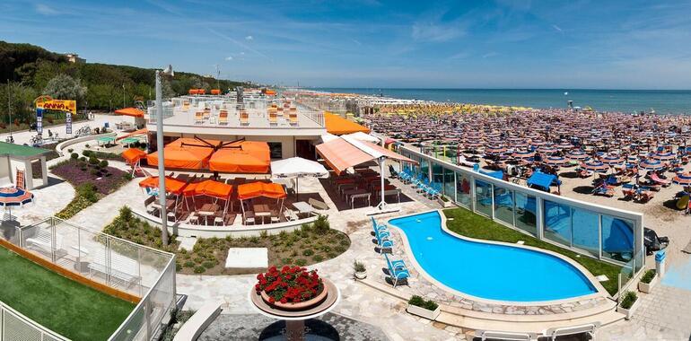 unionhotels it offerta-solo-pernottamento-in-hotel-3-stelle-a-pinarella-di-cervia 008