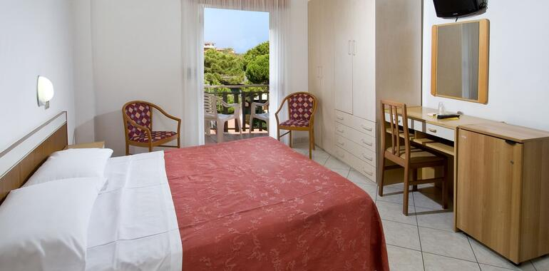 unionhotels de wellness-pakete-im-hotel-mit-partnerschaft-mit-den-thermen-von-pinarella-di-cervia 009