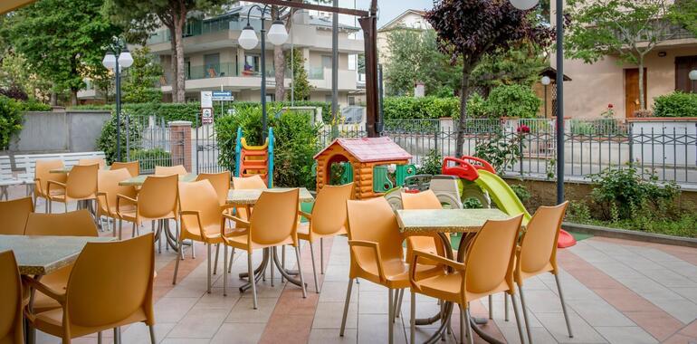 hotelzenith.unionhotels it offerta-settembre-in-hotel-convenzionato-con-le-terme-a-pinarella-di-cervia 013