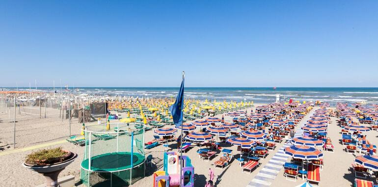 unionhotels en offer-for-august-at-3-star-seaside-hotel-with-pool-in-pinarella-di-cervia 008