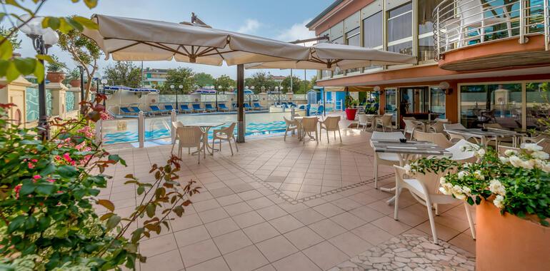 unionhotels fr vacances-juillet-a-l-hotel-3-etoiles-a-pinarella-di-cervia-avec-piscine 009
