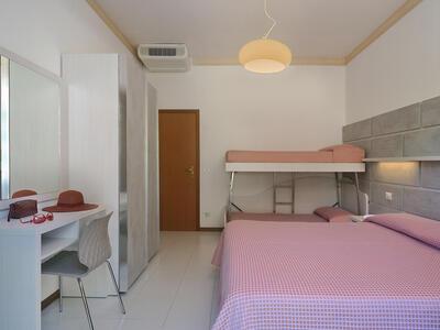 hsuisse it offerta-settembre-in-hotel-vicino-al-mare-a-milano-marittima-cervia 014