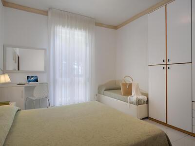 hsuisse it offerta-agosto-in-hotel-vicino-al-mare-a-milano-marittima-cervia 013
