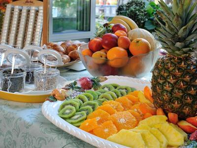 hsuisse it speciale-nove-colli-con-soggiorno-al-mare-in-hotel-a-milano-marittima 020