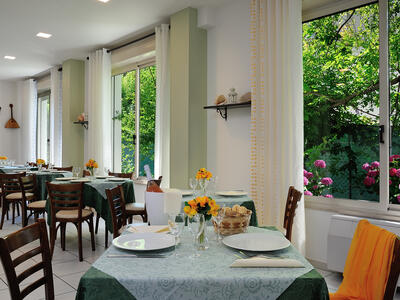 hsuisse it offerta-settembre-e-ottobre-soggiorno-in-hotel-convenzionato-con-le-terme-a-milano-marittima 018