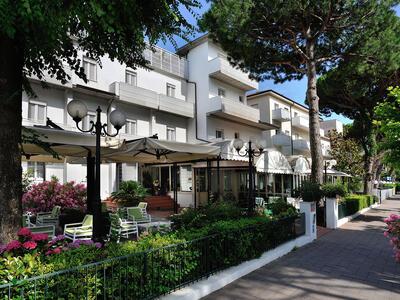 hsuisse de entspannungswochenende-im-3-sterne-hotel-in-milano-marittima-mit-zugang-zur-therme 020