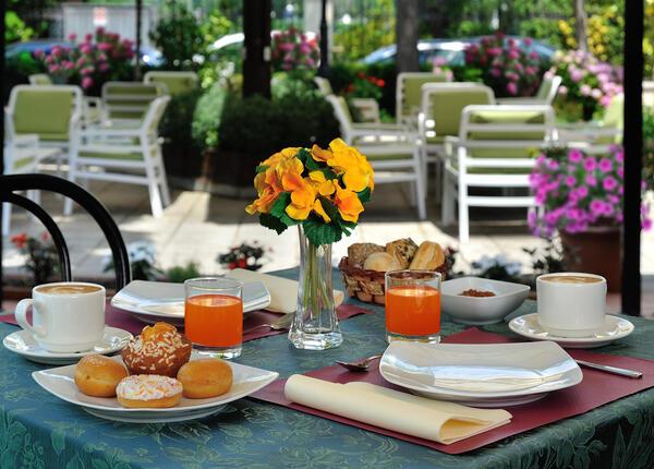 hsuisse it prenota-prima-e-risparmia-per-le-tue-vacanze-al-mare-in-hotel-3-stelle-a-milano-marittima 011