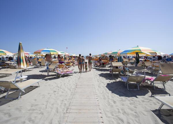 hsuisse it offerta-luglio-in-hotel-3-stelle-vicino-al-mare-a-milano-marittima-cervia 005