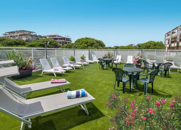 hsuisse en offer-september-in-hotel-near-the-sea-in-milano-marittima-cervia 014
