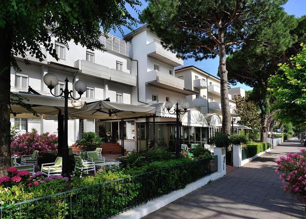 hsuisse de entspannungswochenende-im-3-sterne-hotel-in-milano-marittima-mit-zugang-zur-therme 015
