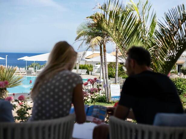 borgodonnacanfora it offerta-coppie-resort-capo-vaticano-sul-mare-con-piscina-e-aperitivo-omaggio 002
