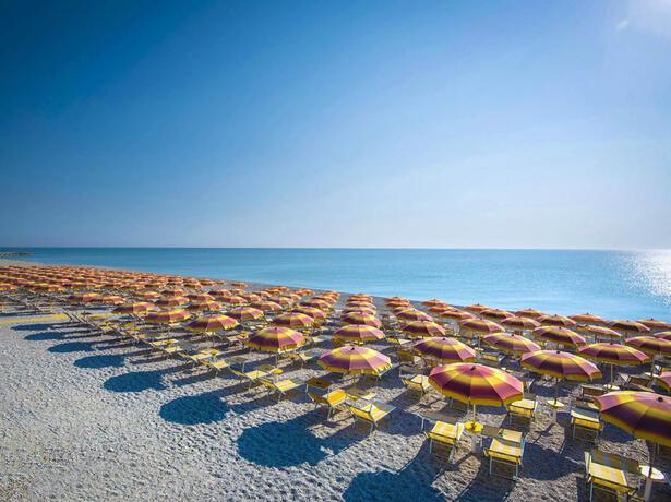 holidayfamilyvillage it sfrutta-la-proroga-del-bonus-vacanze-in-villaggio-a-porto-sant-elpidio 012