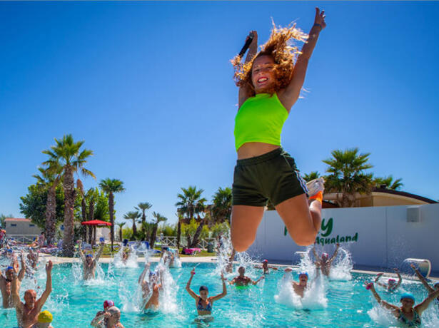 holidayfamilyvillage it sfrutta-la-proroga-del-bonus-vacanze-in-villaggio-a-porto-sant-elpidio 014