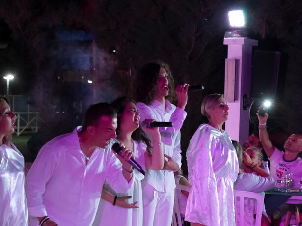 holidayfamilyvillage it settembre-in-villaggio-nelle-marche-a-porto-sant-elpidio 011