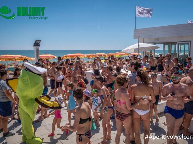 holidayfamilyvillage it settembre-in-villaggio-nelle-marche-a-porto-sant-elpidio 012