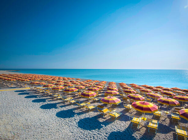 holidayfamilyvillage fr offre-week-end-villaggio-porto-sant-elpidio-avec-bonus-vacances 012