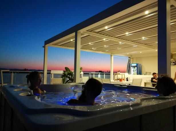 hotelesplanadecesenatico it prenota-prima-in-hotel-a-cesenatico-vicino-al-mare-e-al-centro 013