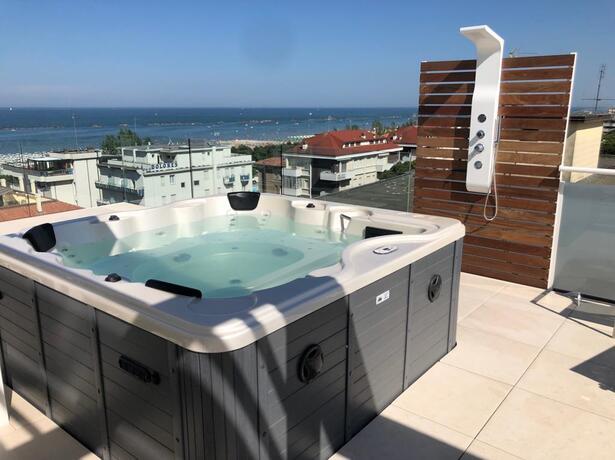 hotelesplanadecesenatico en september-events-hotel-cesenatico-with-sea-view-rooftop 015