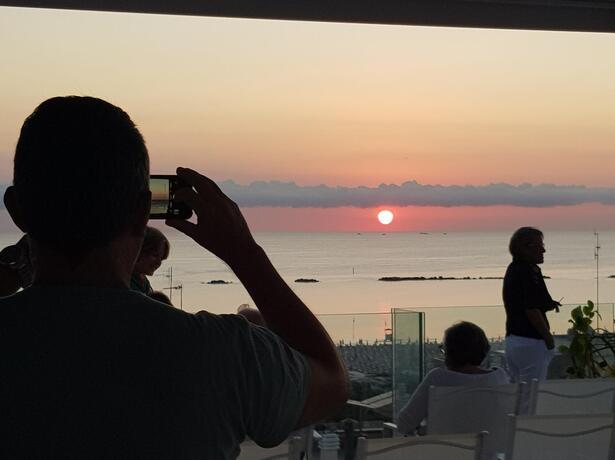 hotelesplanadecesenatico it speciale-agosto-in-hotel-vicino-al-mare-a-cesenatico 015