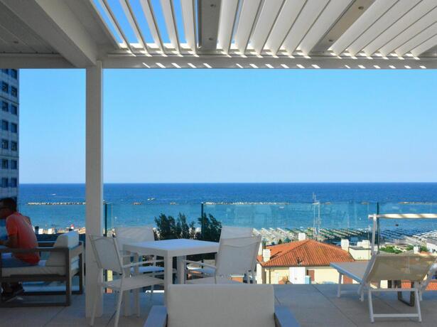 hotelesplanadecesenatico en special-offer-for-august-by-hotel-near-the-sea-in-cesenatico 013