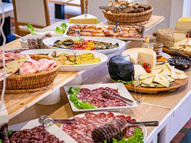 hotelesplanadecesenatico it last-minute-giugno-in-hotel-3-stelle-al-mare-a-cesenatico 011