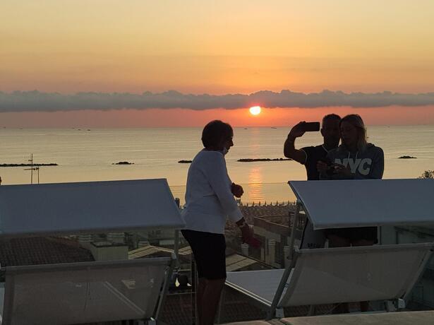 hotelnewcastlecesenatico it speciale-over-60-in-hotel-al-mare-a-cesenatico 011