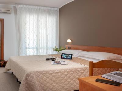 hotelpierrericcione fr offre-speciale-fin-ete-hotel-pas-cher-riccione-pres-de-la-mer 022