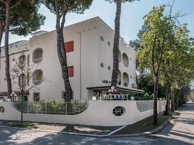 hotelpierrericcione en easter-offer-riccone-hotel-with-lunch-included 016