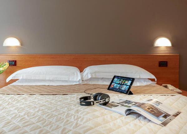 hotelpierrericcione it soggiorno-romantico-riccione-luglio-in-hotel-pensione-completa 013