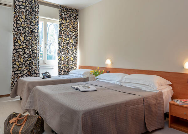 hotelpierrericcione it offerta-a-riccione-per-una-settimana-a-luglio-in-hotel-3-stelle 014