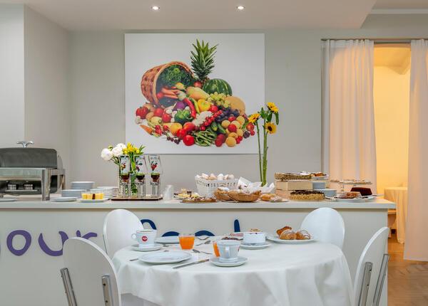 hotelpierrericcione it offerta-ultima-settimana-agosto-riccione-hotel-vicino-al-mare 014